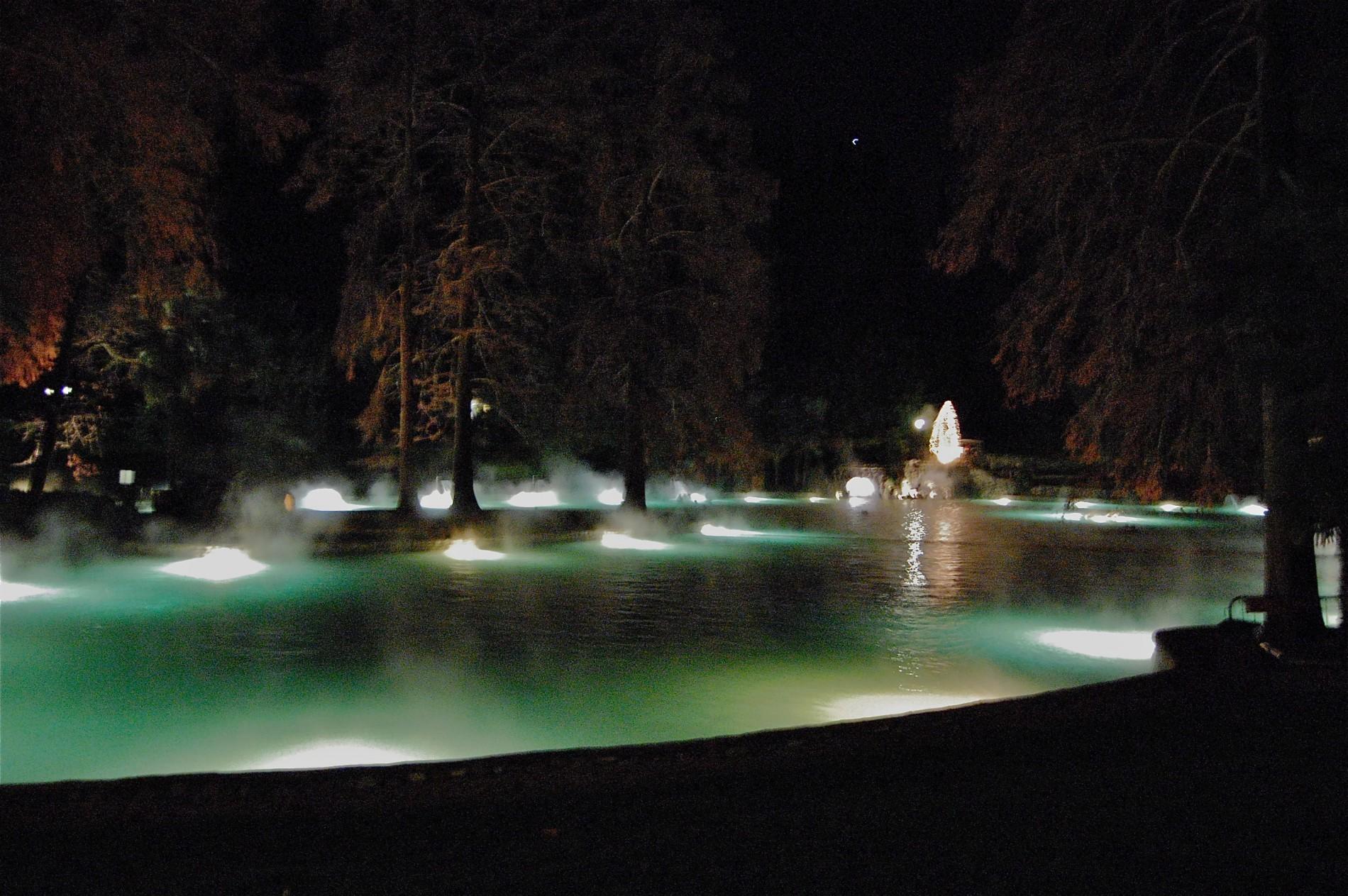 Terme di Colá bei Nacht