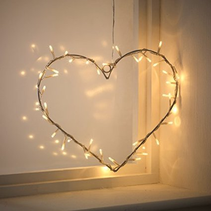 Romantisches bett mit lichterkette  led lichterkette – Pretty Little Page