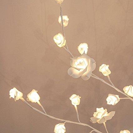 led-lichterbaum-rosenblueten-dekoration-beleuchtung